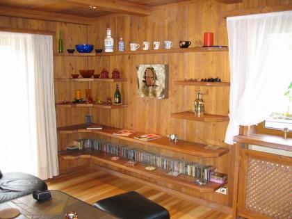 Wohnzimmer in Altholz Bild 2
