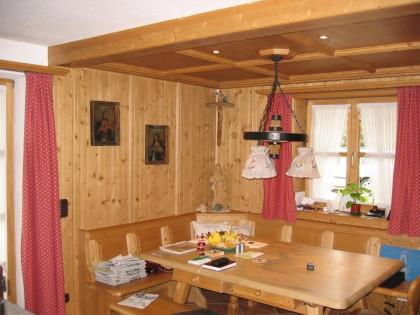 Essecke Modell KIRCHBACH im Küchenbereich