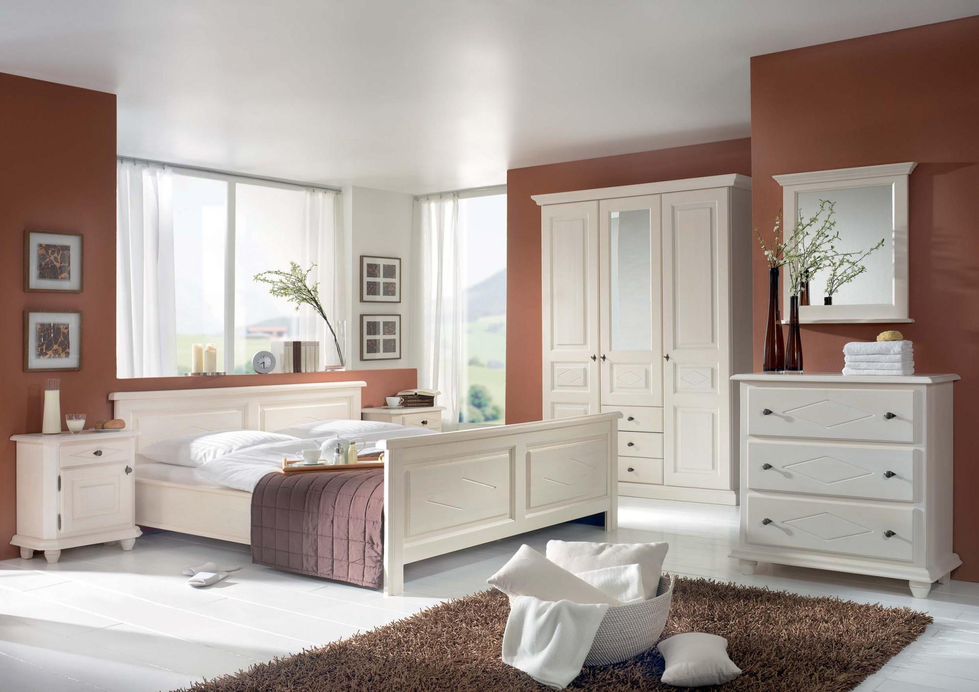 schlafzimmer mozart in fichte massiv wei lackiert m bel finsterwalder. Black Bedroom Furniture Sets. Home Design Ideas
