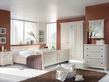 Schlafzimmer MOZART in Fichte massiv, weiß lackiert