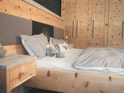 Einbauschlafzimmer aus Zirbenholz