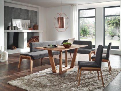 Eckbank BOLERO mit Designabschluss, Säulentisch und 2 Stühle in Kernbuche