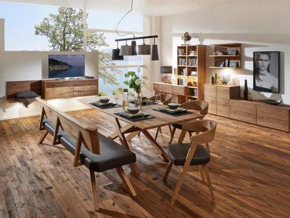 Tischgruppe SELECTO mit Tischmodell 200F in Wildeiche. Esszimmer mit Korpusmöbel 2020