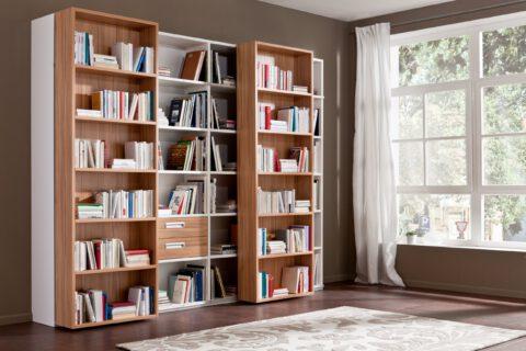 Bücherregal mit Schiebeelemente